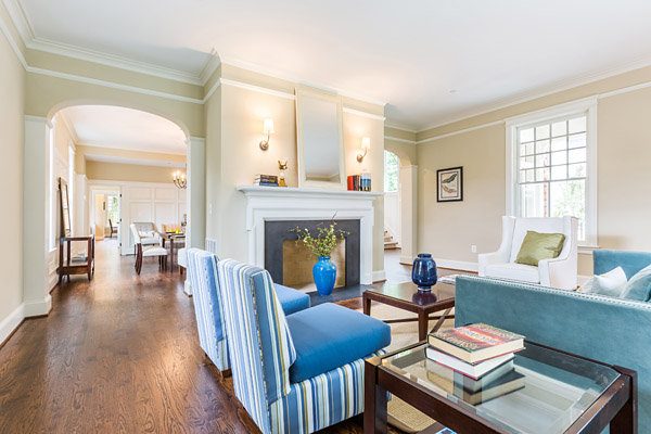 5607 Chesterbrook Road Bethesda, MD - family room