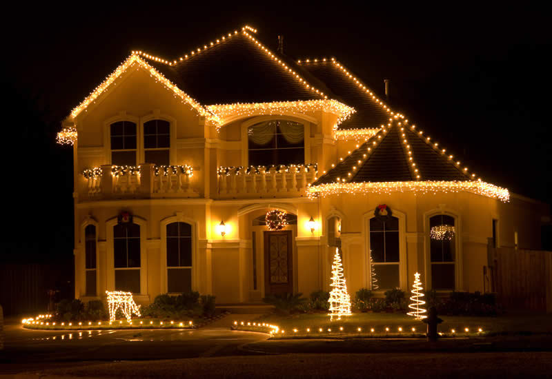 Christmas Light Installation Services - Residential