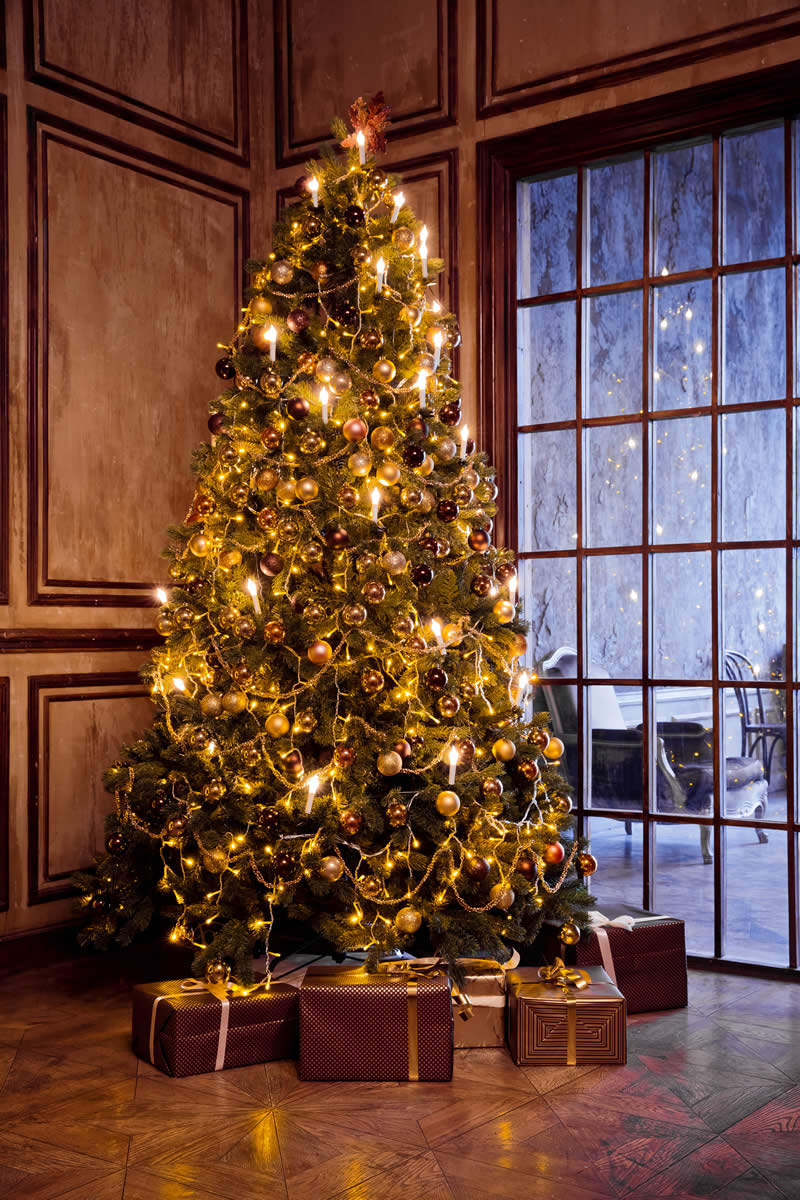 holiday decorating service home christmas tree decorating2 - Christmas Tree Decorating Service